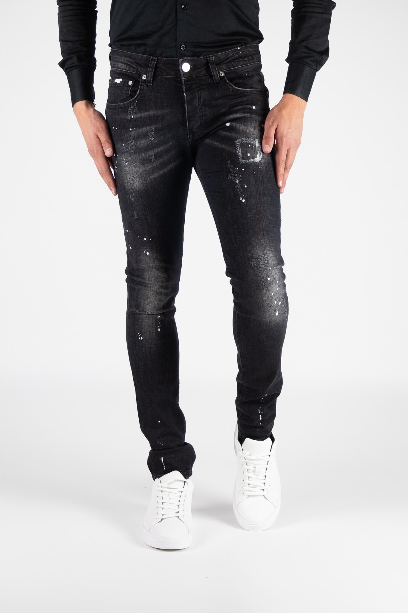 Chaves Black Jeans 1
