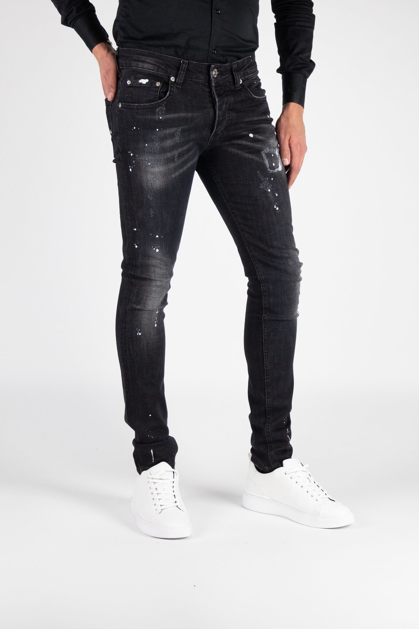 Chaves Black Jeans 5