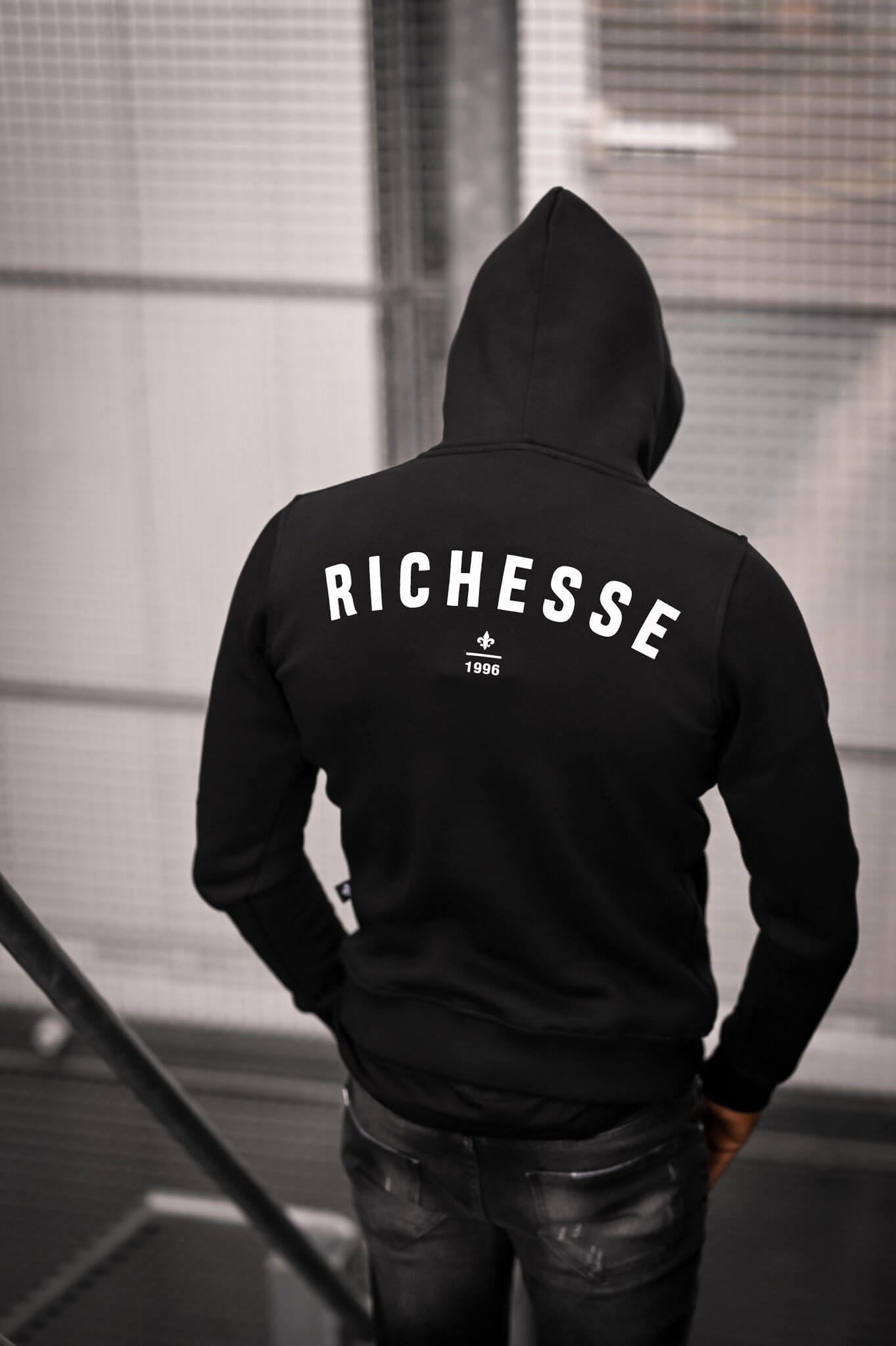 Richesse-Brand-Back-3